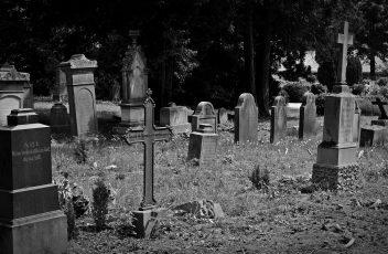 cemetery-1538646_1280